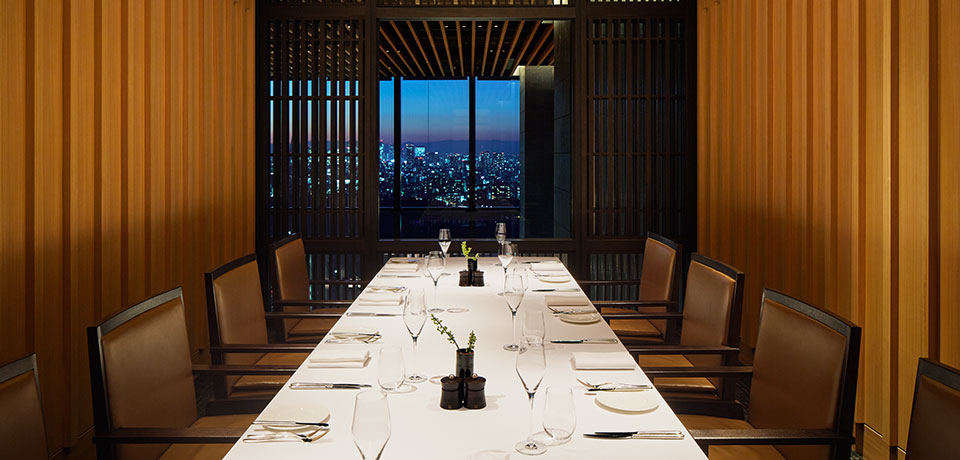 aman-tokyo-private-dining-room